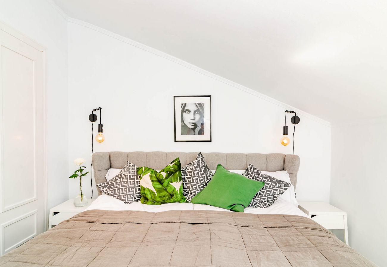 Bedroom of Luxury 3 Bedroom Penthouse in Nueva Andalucia