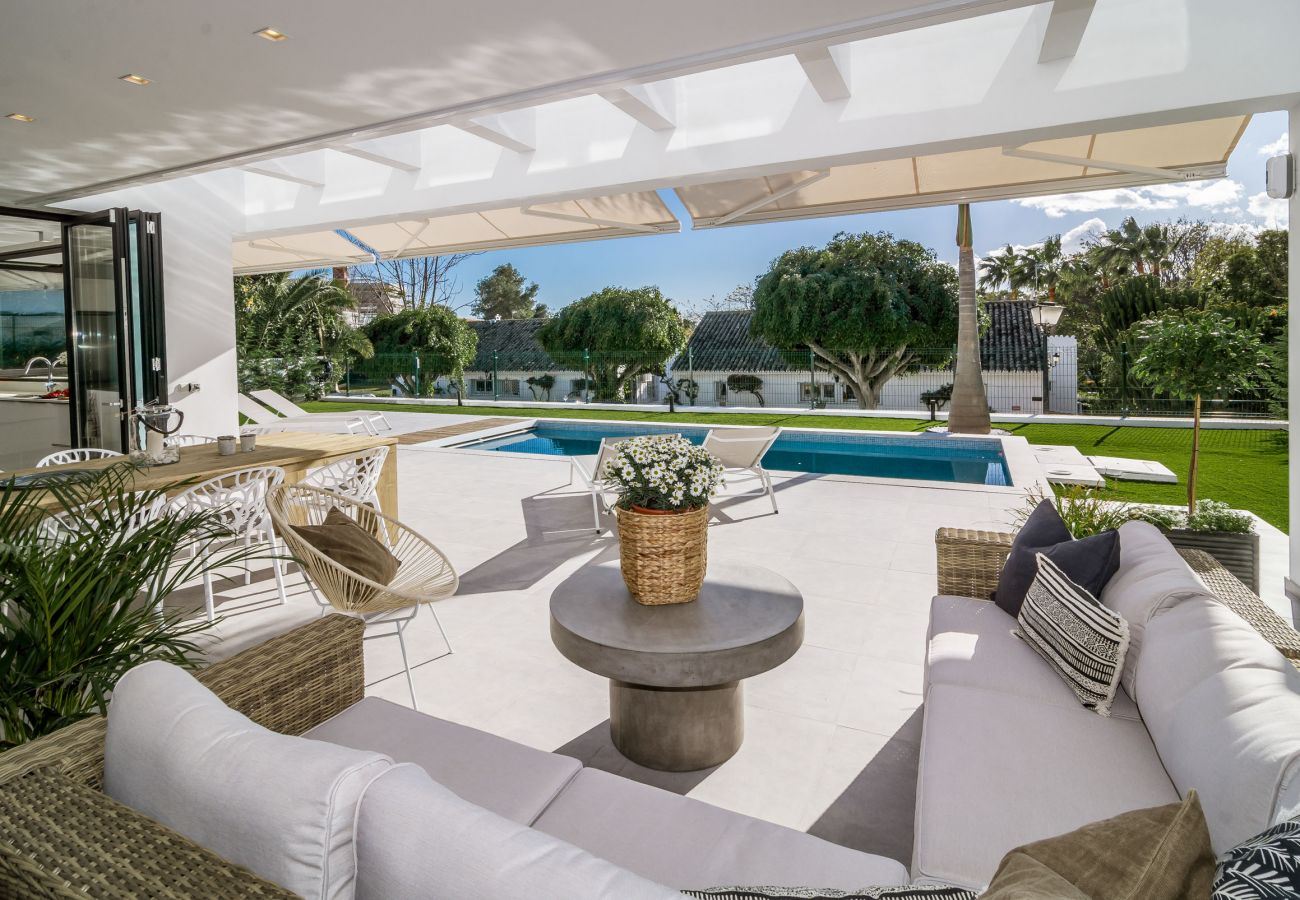 Terrace of Luxurious 5 Bedroom Villa Near the Beach