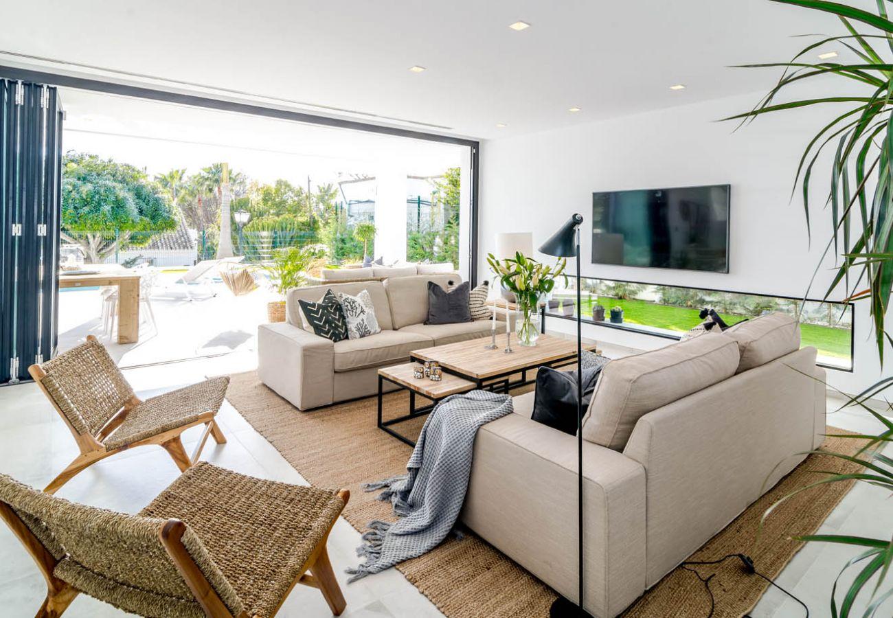Villa in Nueva andalucia - VLG - Spacious 5 Bedroom Villa in Puerto Banus