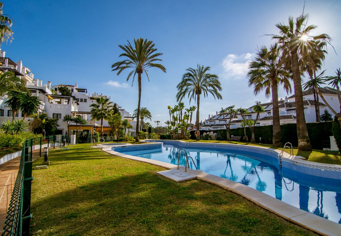 Apartment in Nueva andalucia - AB2, Aldea blanca, Puerto banus, 4 sleep, sea view