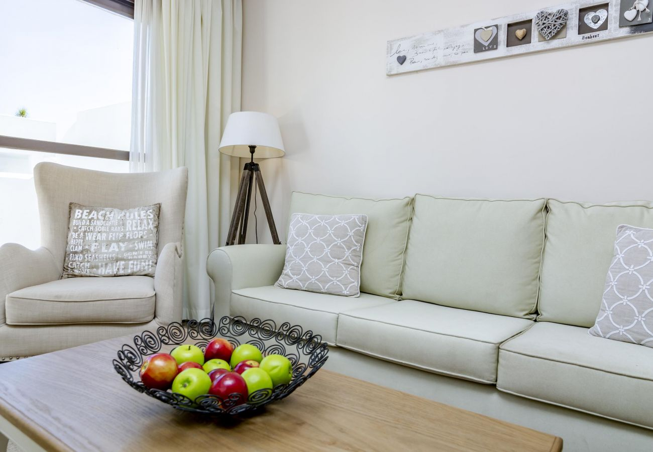 Living room of family friendly holiday Apartment in Golf Hills