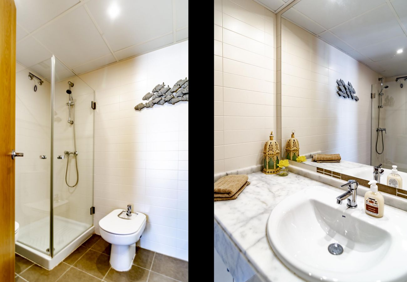 Bathroom of Family Friendly Holiday Apartment in Golf Hills